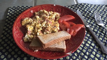 Scrambled Eggs with Ham, Toast and Tomatoes